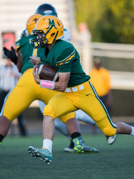 2016 NIAA Northern Division 4A High School Football: Bishop Manogue High defeats North Valleys High 28-14