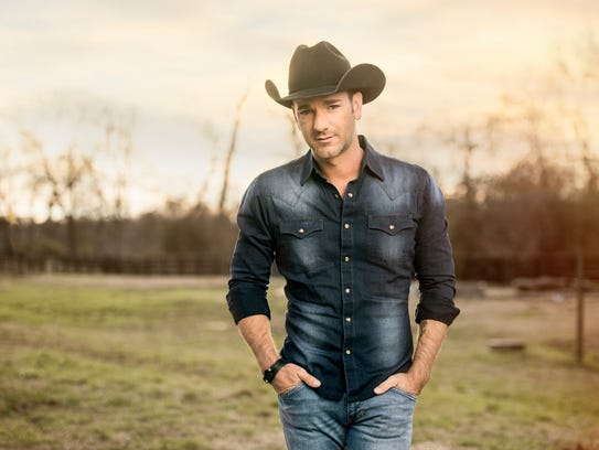 Country singer Craig Campbell