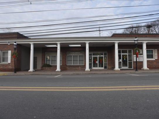 Park Ridge municipal building.