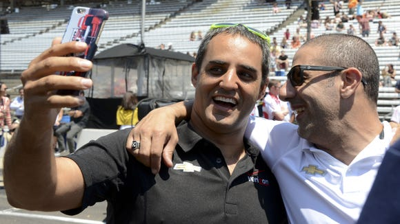 Juan Pablo Montoya (left) and Tony Kanaan are now part of IndyCar's 40-something crowd.