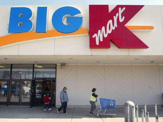 GTY (FILE PHOTO) SEARS AND KMART TO MERGE A FIN USA IL