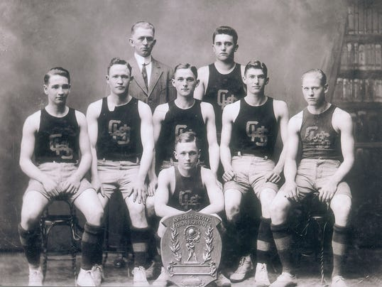 firstchamps_1911
