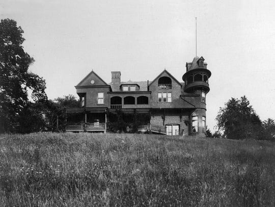 Snug Rock in Harmony Park was the Yonkers home of Leo