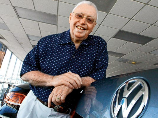 Long time auto dealer Bob Hoy will be inducted into the Texas Auto Dealers Association Hall of Fame. Rudy Gutierrez/El Paso Times