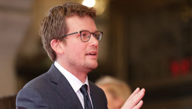 John Green could capture Indiana's millennial vote like no one else.