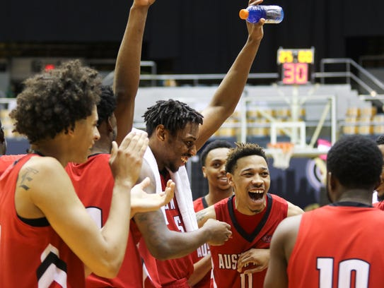 Austin Peay reacts to its 92-72 win over Tennessee