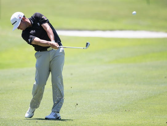 June 9, 2017 - Chez Reavie takes his second shot on