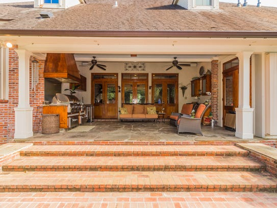 There is plenty of space for outdoor entertaining.