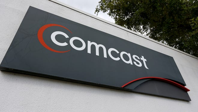 Comcast has announced a deal with Charter to help it divest customers, contingent on the approval of its $45-billion offer for Time Warner Cable.