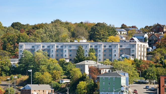 The new apartment complex at 100 Wall St. is nestled into the Grafton Hill neighborhood. The apartments are situated at the former site of the El Morocco Restaurant.