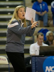 Missouri State Head Coach Melissa Stokes gives instruction