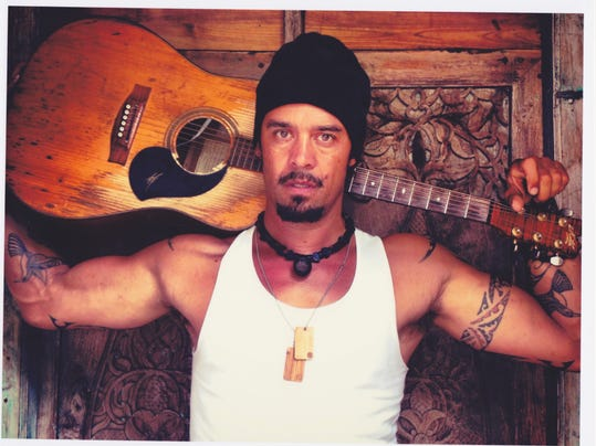 Michael-Franti-Spearhead-photo-4.2.131.jpg