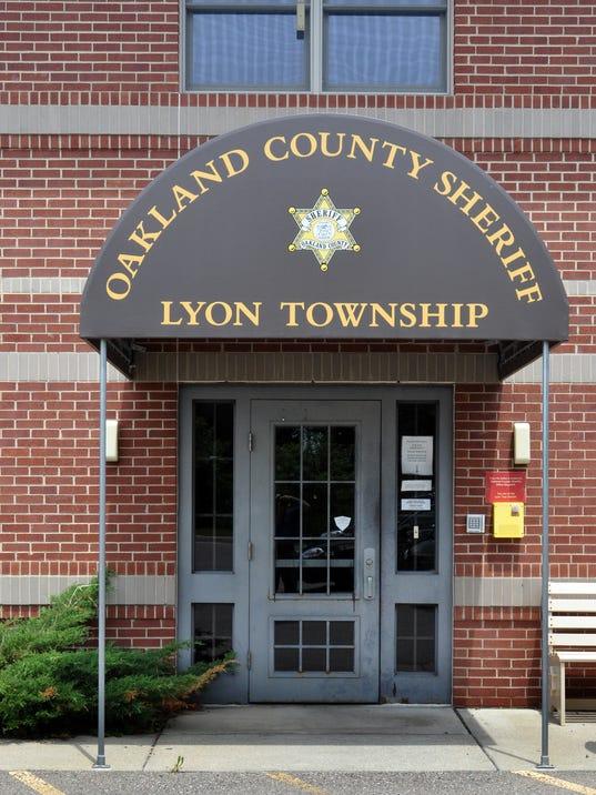 SLH Oakland County Sheriff substation in New Hudson.jpg