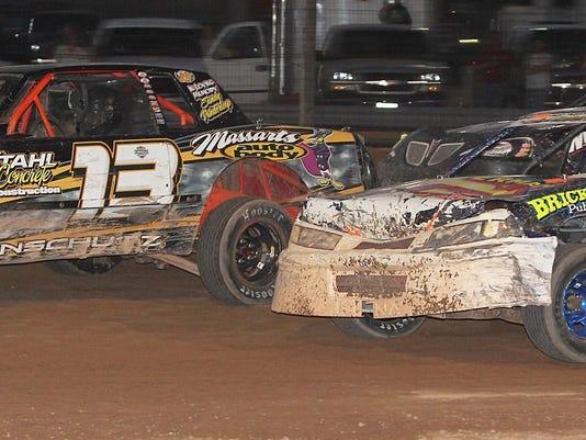 DCA 8115 racing