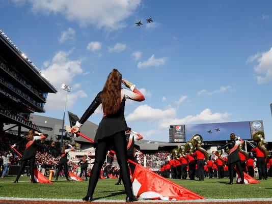 Navy_Cincinnati_Football_42049.jpg