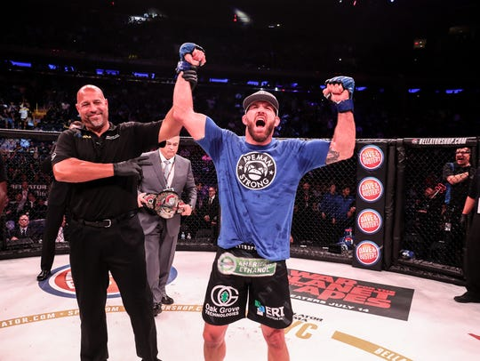 Ryan Bader won the Bellator Light Heavyweight title