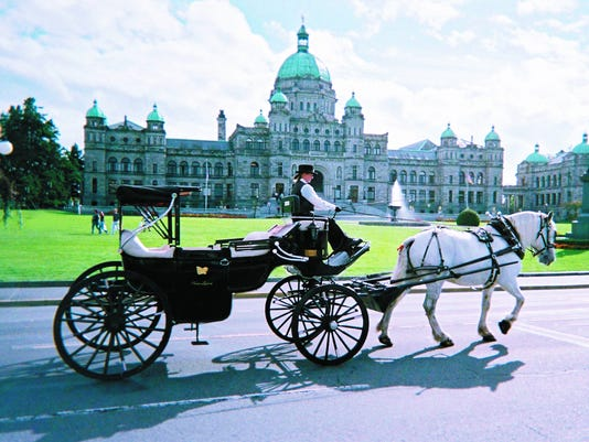 636167212182229943-Victoria-Carriage-Tours.jpg