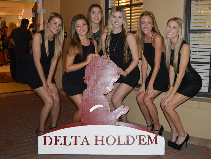 UCF Delta Delta Delta sisters pose at the sorority's
