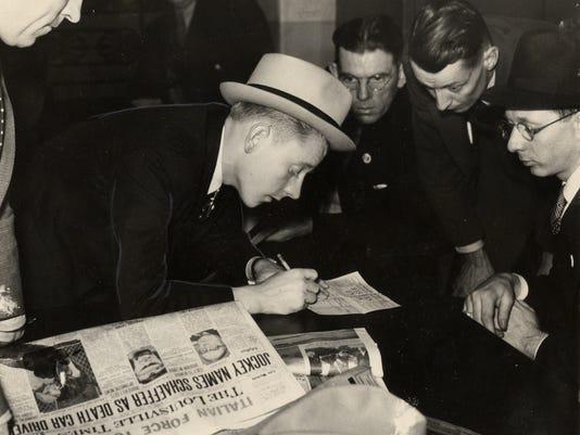 _SAUNDERS 1935 (2).jpg