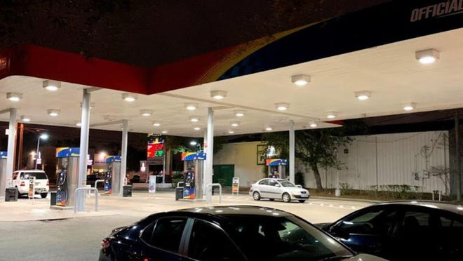 Jonathan Coleus was fatally shot at this Sunoco gas station on the northeast corner of 45th Street and Australian Avenue early on July 26, 2020 in Mangonia Park, according to the Palm Beach County Sheriff's Office. Coleus was reportedly shot by his girlfriend, Latisha Smith.