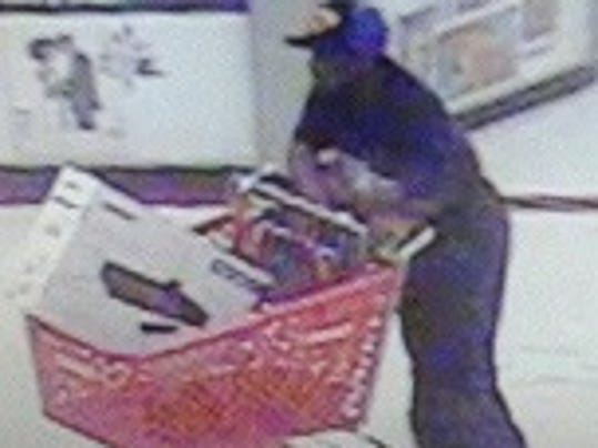 Thieves try stealing items at south fort myers target for Global motors fort myers florida
