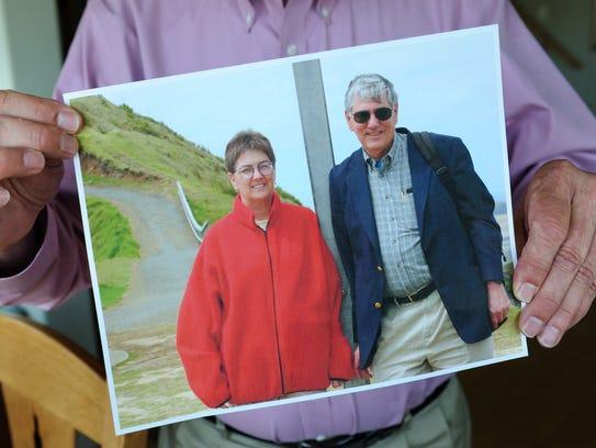 Bill and Nora Harris met at the San Francisco War Memorial