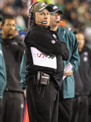 Eagles coach Chip Kelly looks on as he team tries to battle back.