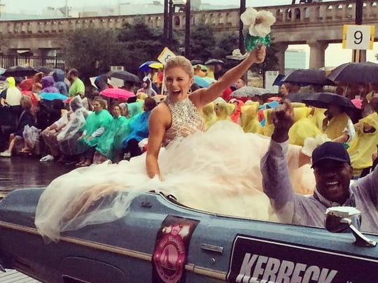 "Miss Mississippi Hannah Roberts in the ""Show Your Shoes"" parade"