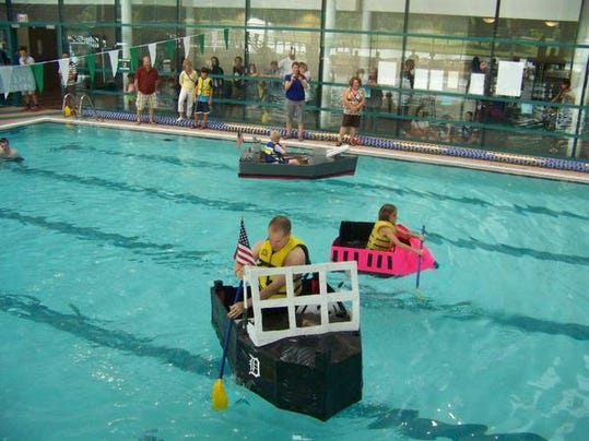 1 cnt cardboard boat