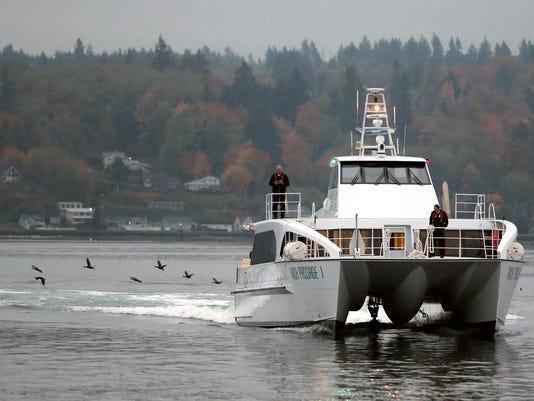 636454090310272745-Fast-ferry-6.jpg