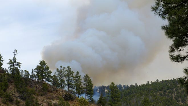 At the outset of the Moon Mountain Fire, smoke was visible from Suderth Drive.