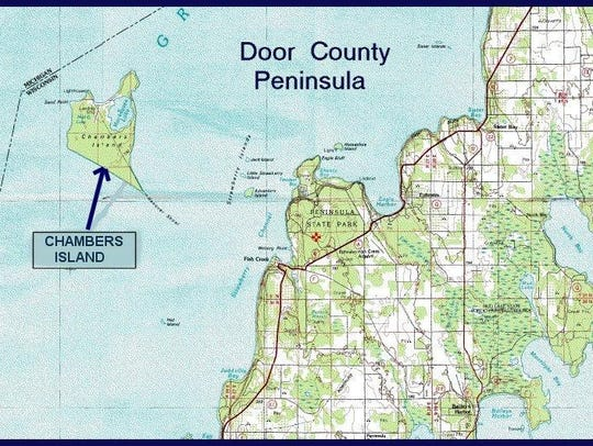 Map showing Chambers Island, west of the Door County