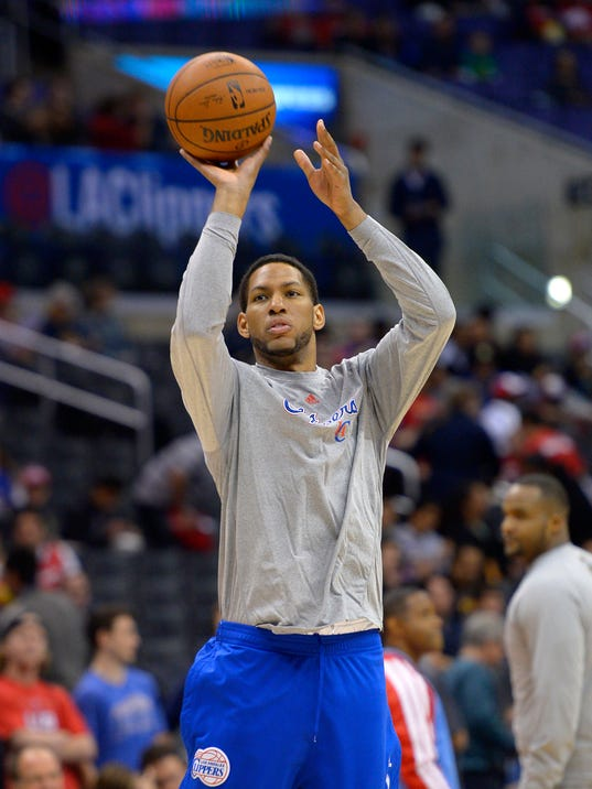 Los Angeles Clippers forward Danny Granger warms up prior to an NBA basketball game against the New Orleans Pelicans, Saturday, March 1, 2014, in Los Angeles. (AP Photo/Mark J. Terrill)