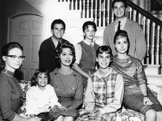 Beverly Washburn, left, and the cast of the New Loretta Young Show