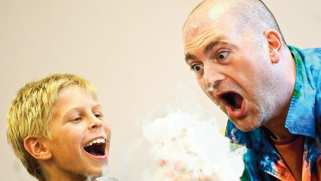 Sciencetellers brings its brand of interactive science storytelling to Spring Grove on June 14.