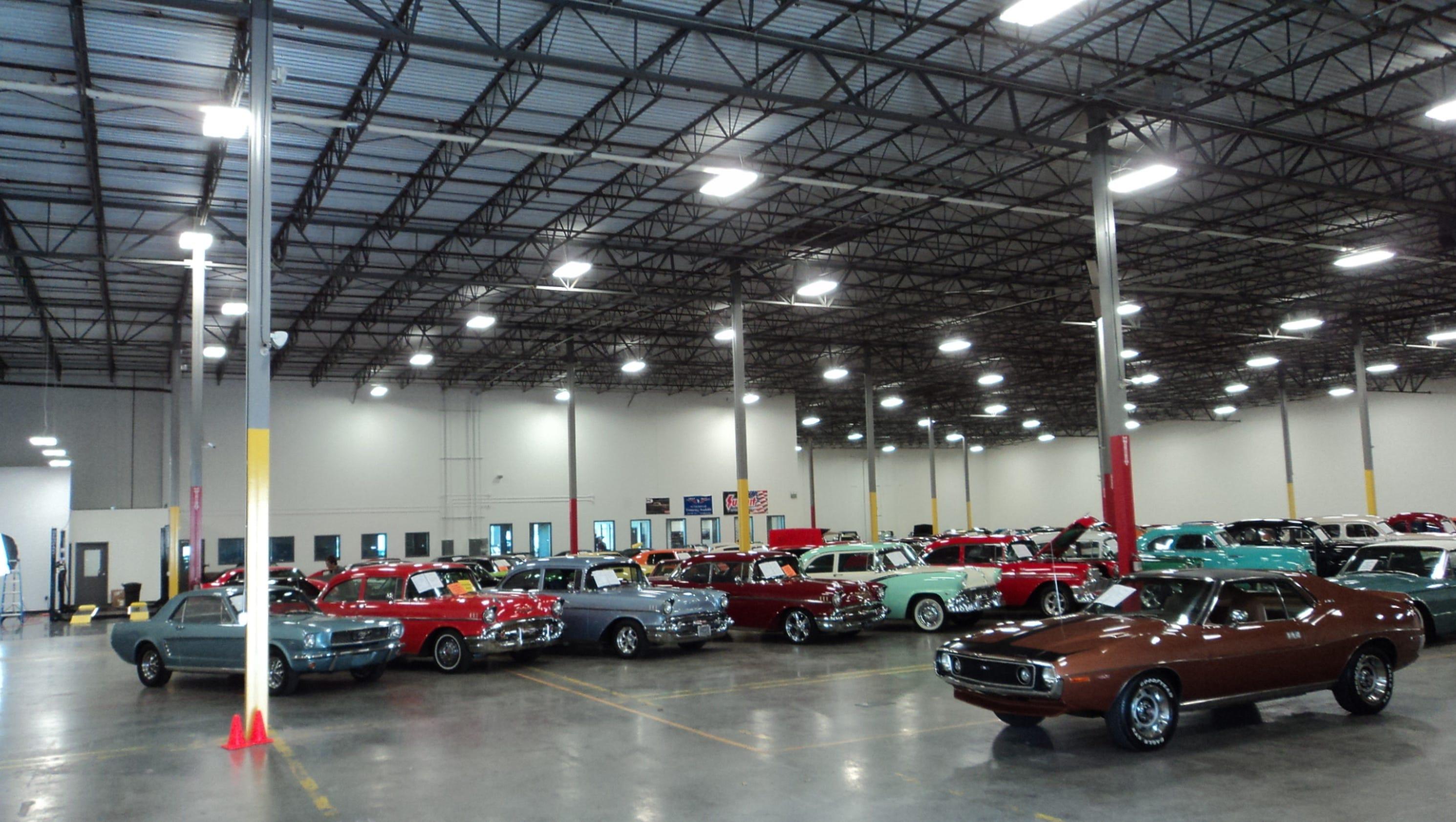 Classic cars showroom plans April opening in La Vergne