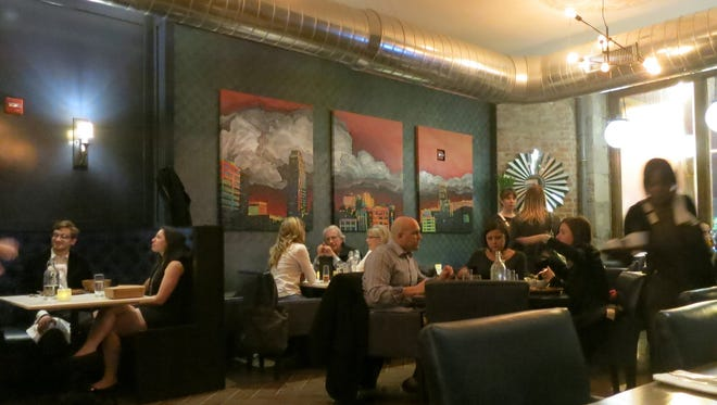 Republic restaurant in downtown Detroit at Cass and Grand River is now serving lunch.