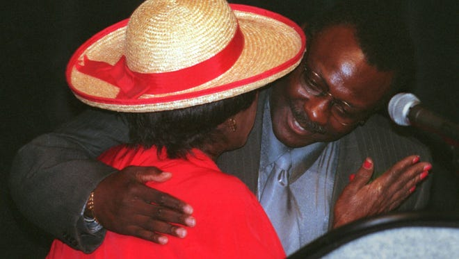 Fort Myers police chief Larry Hart embraces then councilwoman Veronica Shoemaker at his retirement party in 2001 at Harborside.
