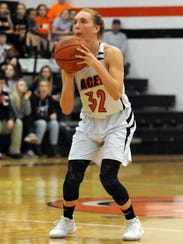 Amanda-Clearcreek's Alyssa Evans lines up for a three