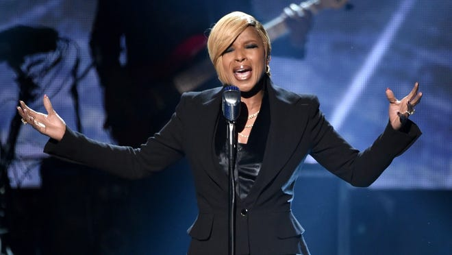 Mary J. Blige plays Fiserv Forum July 30.