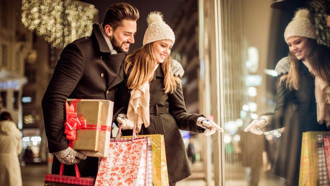 Avg Consumer 2020 Christmas Gifts Holidays 2019: The average person spends more than $1,000