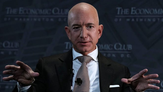 Amazon CEO Jeff Bezos had his phone hacked
