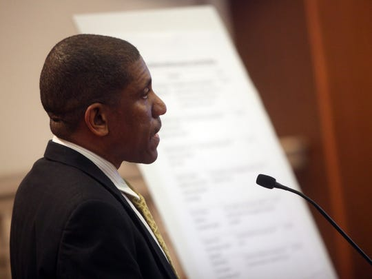 Dover City Councilman David L. Anderson speaks against the censure of a fellow council member at a meeting Monday.