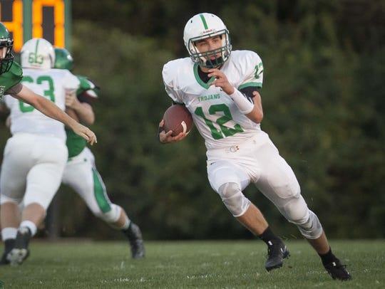 New Castle's Niah Williamson runs against Yorktown