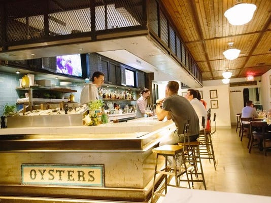 Izzy's Fish & Oyster Miami