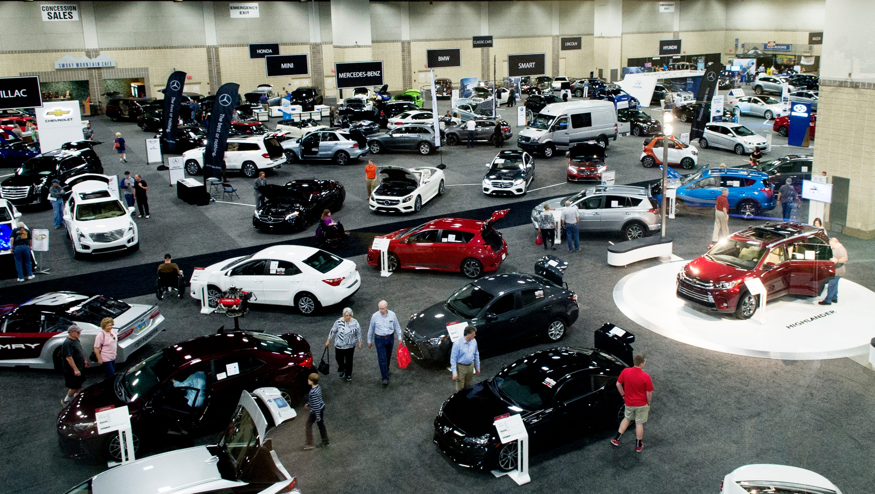 tennessee auto innovation on display at news sentinel auto show. Black Bedroom Furniture Sets. Home Design Ideas
