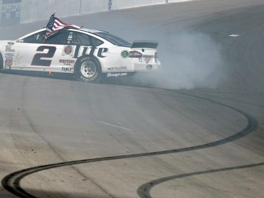 NASCAR Las Vegas Auto Racing (2)