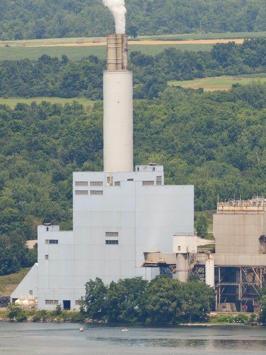 20140722_Cayuga_Power_Plant_sw