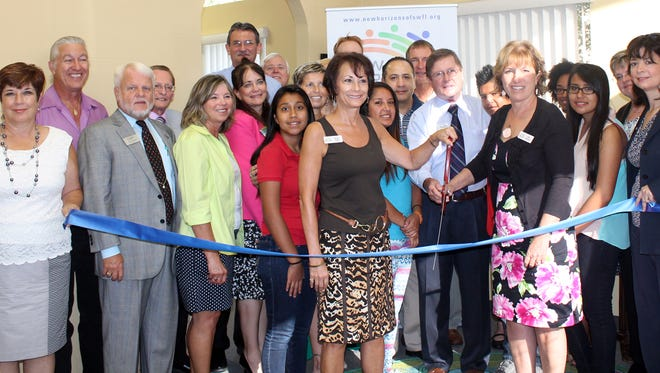 The Bonita Springs Chamber of Commerce hosted a ribbon-cutting event on June 25 to celebrate the opening of New Horizons.
