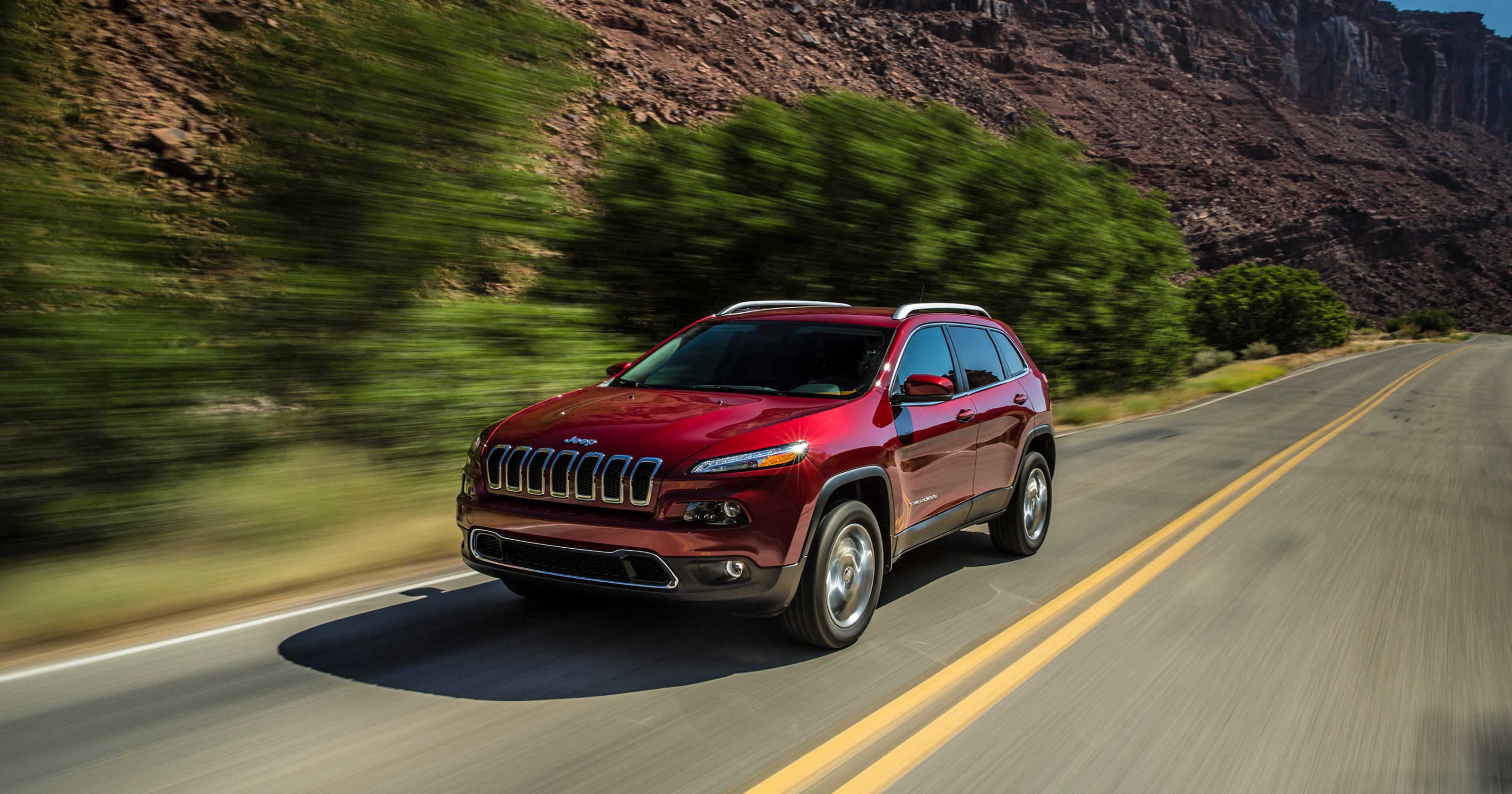 Fiat Chrysler Recalling 51k Jeep Cherokees Because Of Fire Risk
